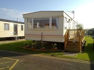 2 luxury holiday caravans for hire at Richmond Holiday Center Skegness  Picture 6
