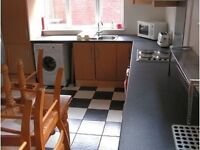 Cheap Double rooms available in a House in Kensington (Liverpool) L7.
