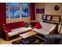 3 bedroom flat in Kennington, London, SE17 (3 bed)