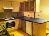 Very Large Double Room in Burley/ Headingley- £370 Including All Bills and TiVo Box
