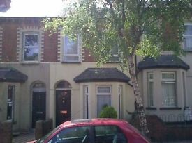 2 bed terrace - York Road - Close to City Centre/Ulster Universtity/M3/Airport/Cityside/Yorkgate
