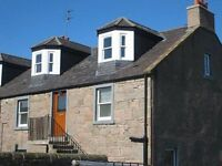 Castle Street Newtyle 3 Bed Flat over 2 floors with shared garden