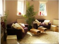 Woolwich SE18. Breathtaking 2 Bed Furnished Duplex Flat in Lovely Church Conversion. Garden, Parking