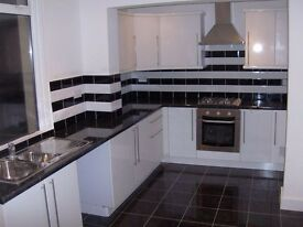 NEWLY REFURBISHED 3 BEDROOM HOUSE TO LET ON FAIRLANDS AVENUE - CLOSE TO THORNTON HEATH TRAIN STATION