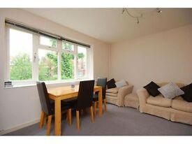 3 bedroom flat in Broadfield, Broadhurst Gardens, NW6