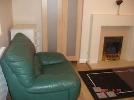 3 BED HOUSE FOR RENT - NEWSOME - No Fees £550 oer month - No Pets - No Dss