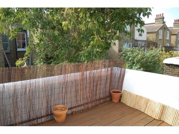COUPLES!! 2bed flat in between Clapham South and Balham. Must see! Offers are accepted!
