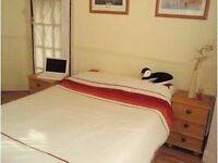 2 Double Rooms - Share our House with 3 Aussie Females, TV Lounge, Home from Home, Bills included