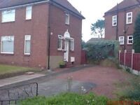 No fees - 3 bed semi - detached house in Fenham with outdoor clay pizza oven, large gardens & drive