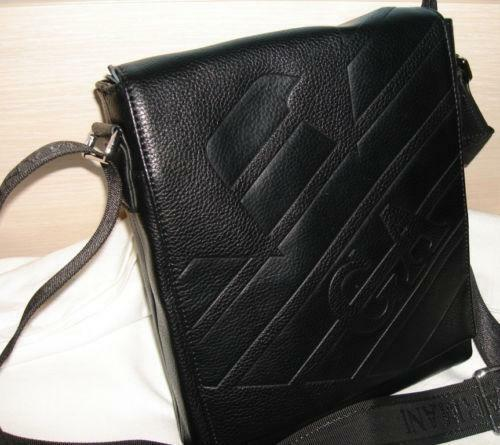 359d23c4e4ca Armani Messenger Bag
