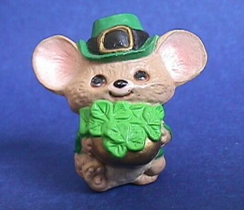 Hallmark MERRY MINIATURES St Patrick Vintage MOUSE SHAMROCKS 1987 Figurine NEW