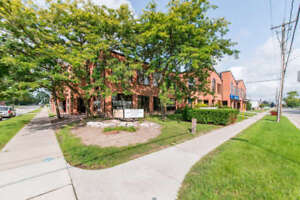 Professional office space 1229 to 3585 sq ft in downtown Whitby