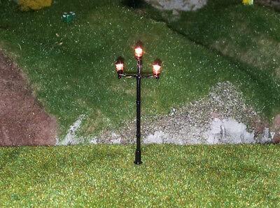 5 Stückneue Modellbaulampen 3-flammig H0, (RM109)