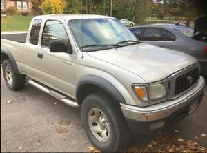 2004 Toyota Tacoma 4x4 extended Cab Pickup Truck