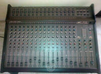16 channel Peavey mixer nice and clean.