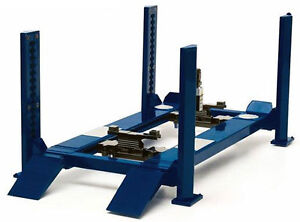 FOUR-POST-LIFT-BLUE-FOR-1-18-SCALE-RAISES-amp-LOWERS-BY-GREENLIGHT-12884