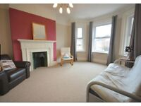 *Near town/JP Morgan* Bright/Spacious 2 Double Bed Flat to rent Charminster/Queens Park with Parking