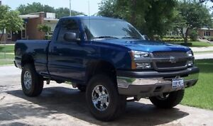 LOOKING FOR SINGLE CAB TRUCK