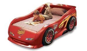 Little Tikes Lightning McQueen toddler bed