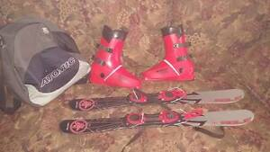 MOLE Snow Blades With Boots and Boot Bag