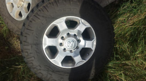 RAM 2500/3500 wheels and tires