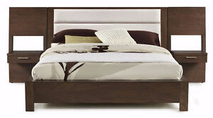 KING SIZE PLATFORM BED WITH MATCHING BENCH