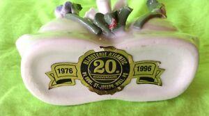 Vintage.Deux magnifiques cygnes pour un 20 ième d'une bijouterie Gatineau Ottawa / Gatineau Area image 4