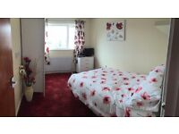 Large single/small double room for rent in large house :- Muscliffe area of Bournemouth