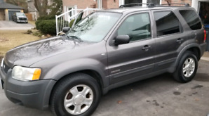 ** SOLD **  2002 Ford Escape XLT 4WD