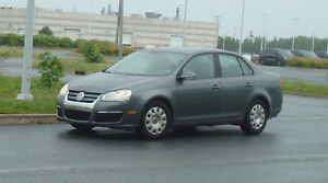 2007 Volkswagen Jetta Sedan 2.5L with 4 rim winter tires