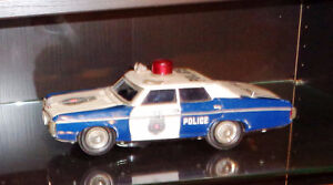 Japan Tin Police Highway Patrol 1968 Chevrolet Talking  Plymouth