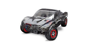 Slash Platinum 4WD (Requires Transmitter, Battery and Charger)