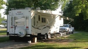 Fifth wheel Forest River Wildcat 27RL 30pi