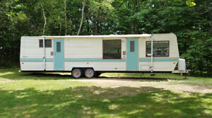 31 foot TERRY trailer