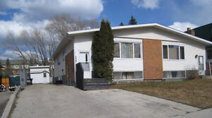HINTON for RENT walk thru Tues.May23 4:30-6:30pm need appointmnt