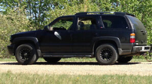 2005 Black Z71 Loaded Leather Tahoe with 3rd Row  251K kms $8700