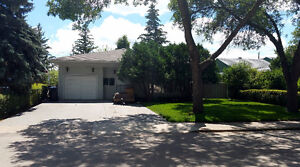 Spacious Family Home Close to Schools and Parks Regina Regina Area image 1