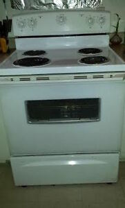 Stove for sale 100 $ + Fridge 250 $