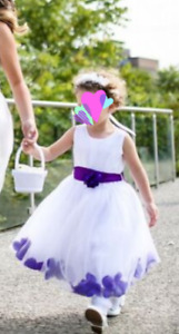 Girls size 4 flower girl dress