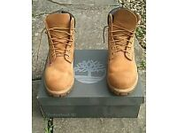 Size 7 1/2 Mens Timberland Classic Six Inch Boot Barely Worn