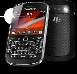 Téléphone cellulaire BlackBerry Bold 9900, camera, bluetooth...