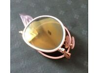 Round and folding ray ban sunglasses with gold lenses and white frame GOLD