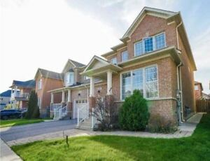 Stunning 3 Bedroom Home Victoria Manor-Jennings Gate - Markham
