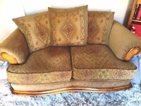 beautiful 2 seater sofa / settee in v.g.c rustic gold