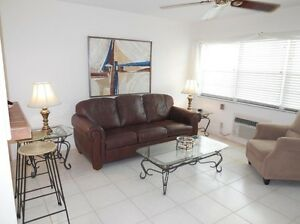 DEAL Condo Florida, Pool, waterfront and tennis