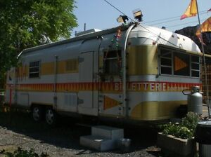 Roulotte style Airstream : Silverstreak CCH, 26 pieds