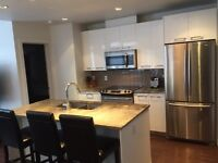 Close to Whyte Ave & Minutes to Downtown 2Bdrm + 2Full Bthrm