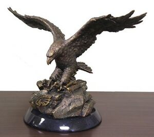 *NEW - NFL Philadelphia Eagles Desktop Statue
