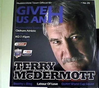 HUDDERSFIELD TOWN v OLDHAM ATHLETIC 2009-10 LEAGUE ONE MATCH OFFICIAL PROGRAMME