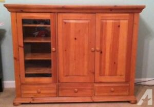 For Sale - Solid wood TV Hutch/ Display Cabinet